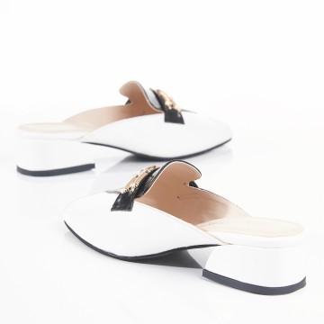 Siyah Bilekten Bağlı Alçak Topuk Sandalet 7042