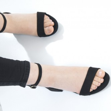 Siyah Süet Bayan Sandalet 5055