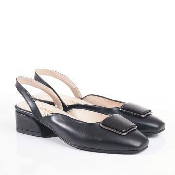 Beyaz Çapraz Atkılı Kalın Topuklu Bayan Sandalet 6059