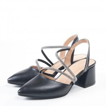 Beyaz Sivri Burunlu Arkası Açık Sandalet 5053