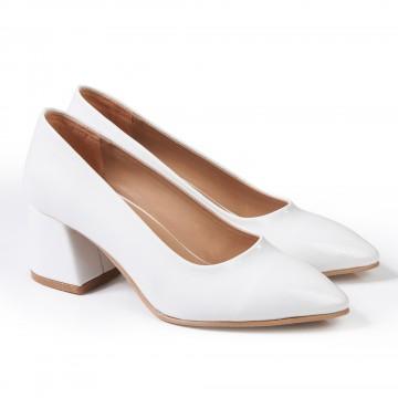 Fiyonklu Taba Rengi Sivri Burun Bayan Ayakkabı 4048