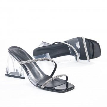 Siyah Örgü Atkılı Alçak Topuklu Bayan Sandalet 5062